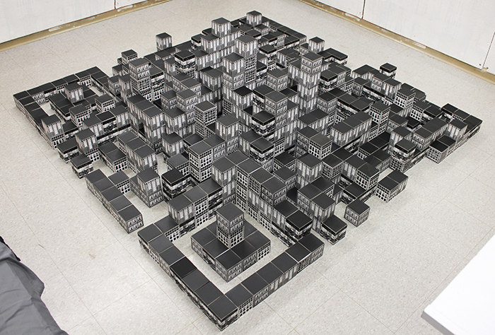 Mizin Shin,  Virtual City,  Installations (648 screen-printed cubes used), Size Variable, 2016