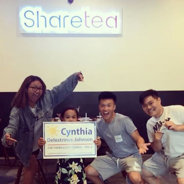 1,000 door milestone hit today!!! Biggest shoutout to my committed team of interns, @kha_nguyen3 @ansonjhuang Jarmaine, and my niece @tiny_gymnast_lauren too (when not at the gym!) who have always been by my side ~ Celebrated this moment over bubble tea at Tukwila's newest hippest spot @shareteatukwila !!! Everyone should check it out! To my Tukwila neighbors and business owners - you make Tukwila amazing! ❤️ I have been listening and learning, and I hope that I can represent your voice on City Council!
