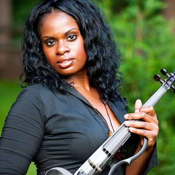 Sai Violinist (2).jpg