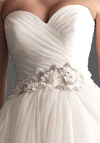 dress close 1.jpg