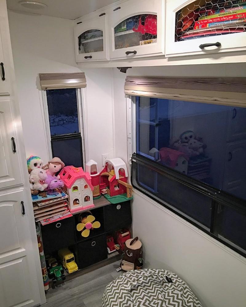 kids toys in rv 2.jpg
