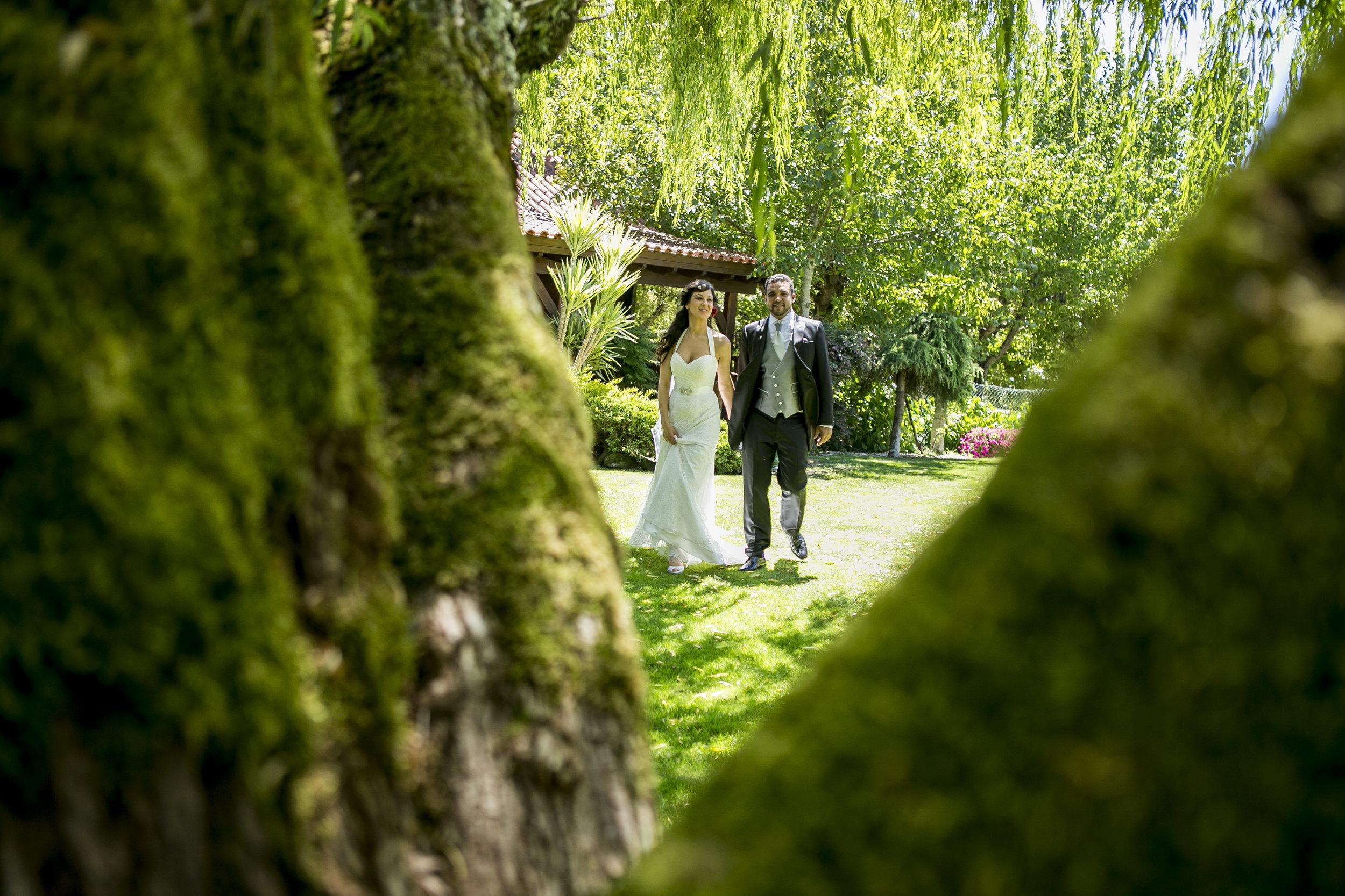 ÁNGEL Y VANESA - 100% recomendable, tanto yago como su equipo hicieron un trabajo de 10, no pudimos haber elegido mejor fotógrafo para nuestra boda