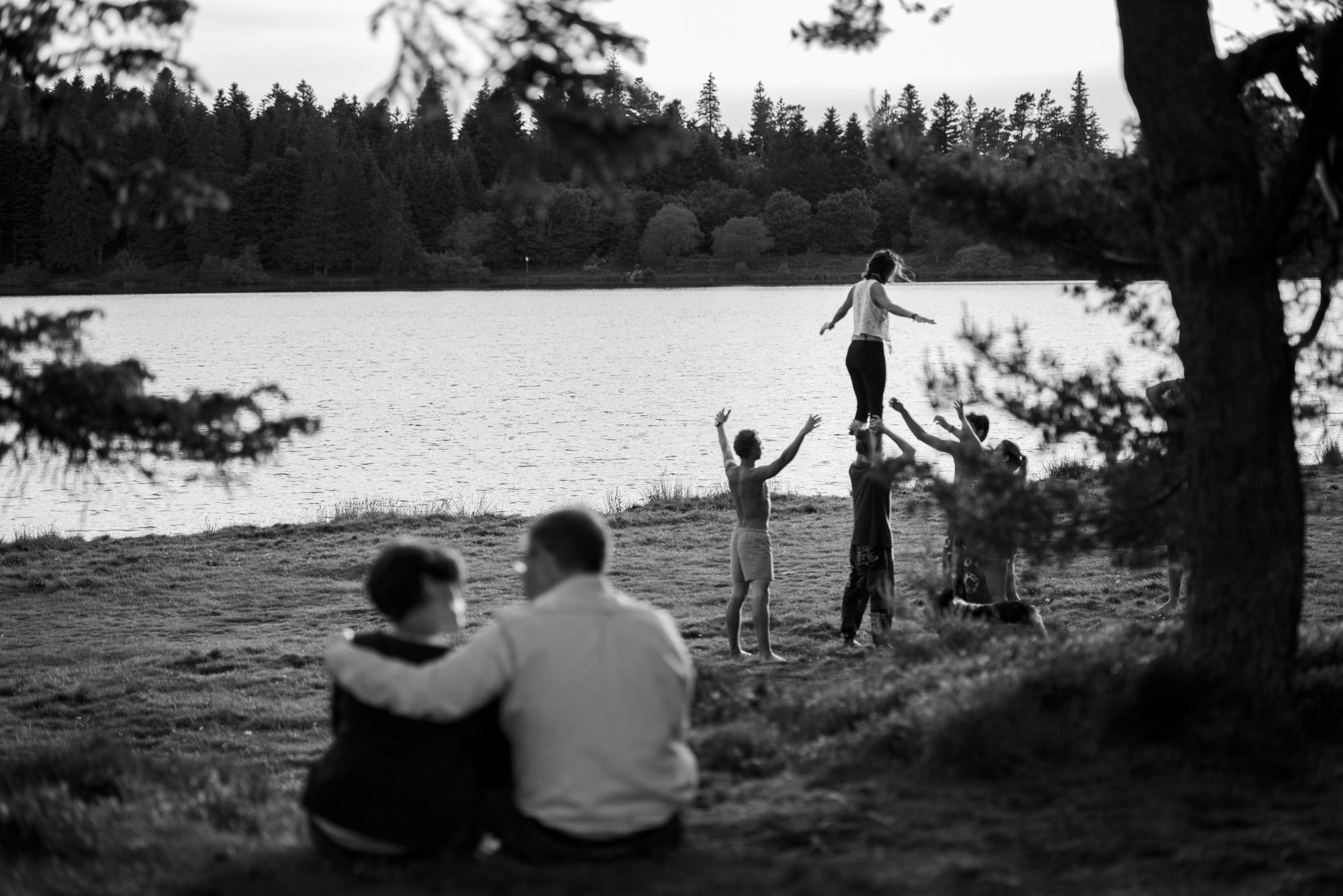 2000-engagement-lac-servieres-auvergne-photographe-mariage-89.jpg