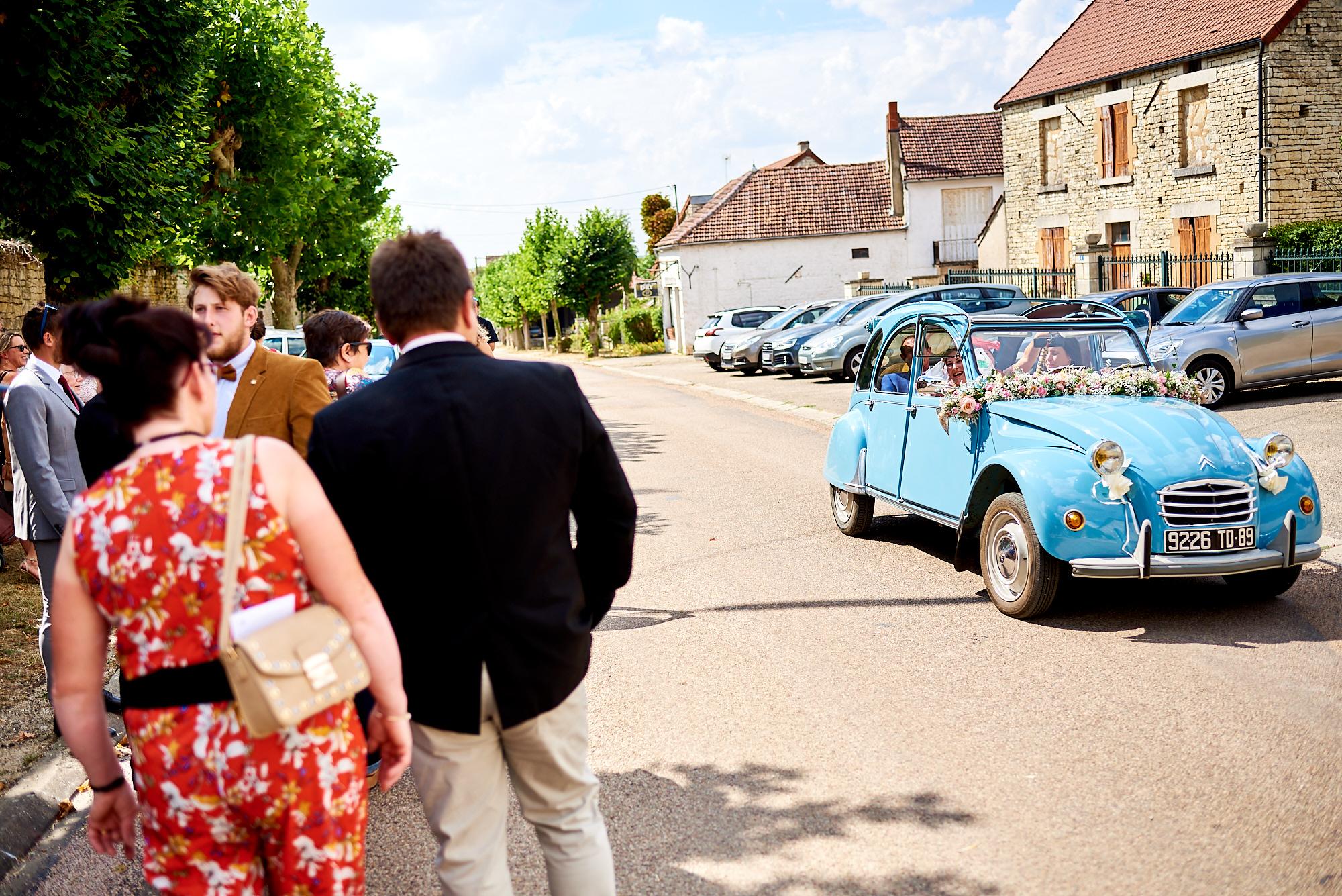 Photographe de mariage à Auxerre en Bourgogne-Franche-Comté | La mairie