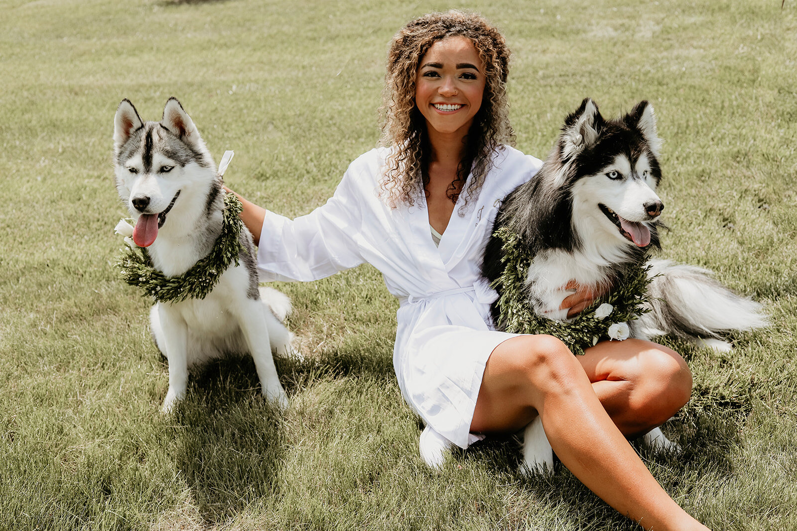 august-wolf-floral-design-des-moines-ia-ames-wedding-florist-huskies-flower-collar-wreath-crown-bride.jpg