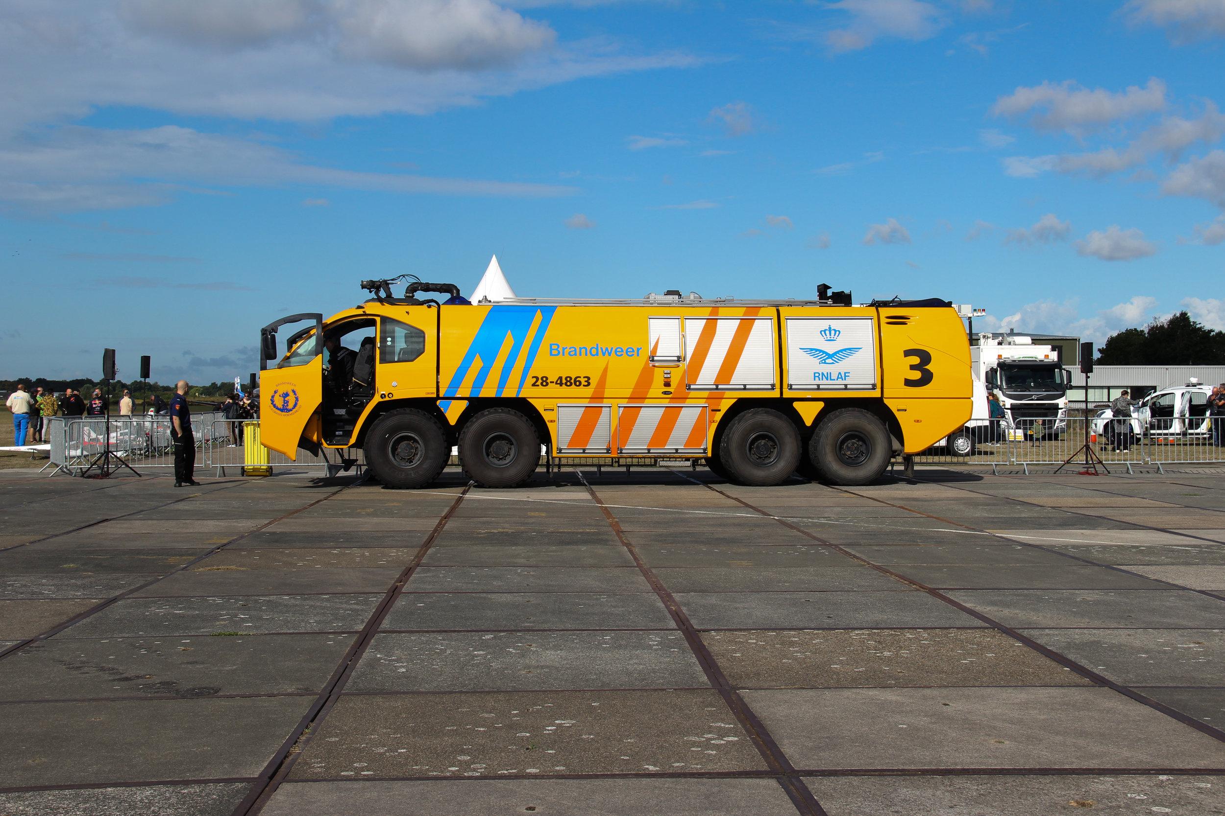 Crashtender Woensdrecht - Luchtvaart