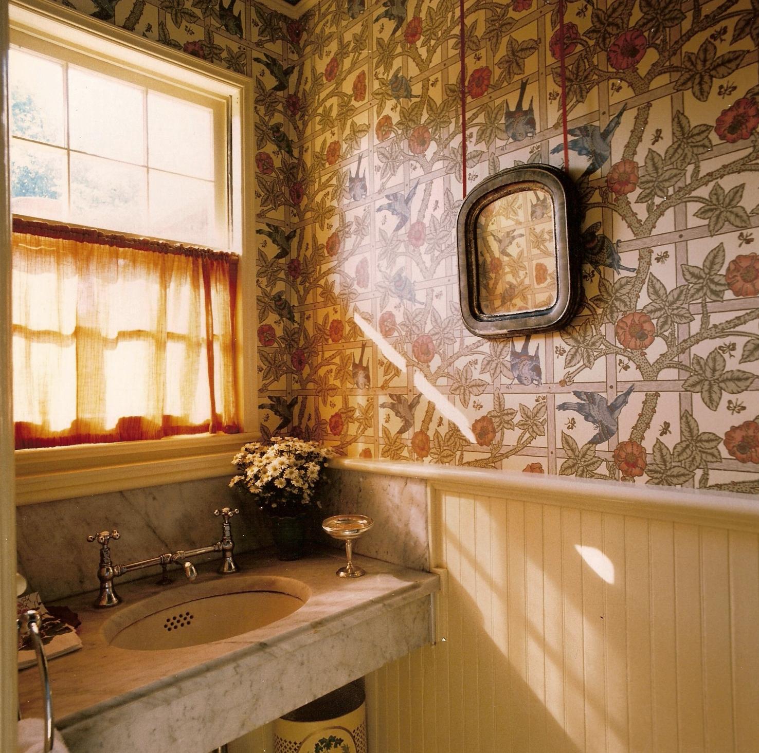Bathroom07.jpg
