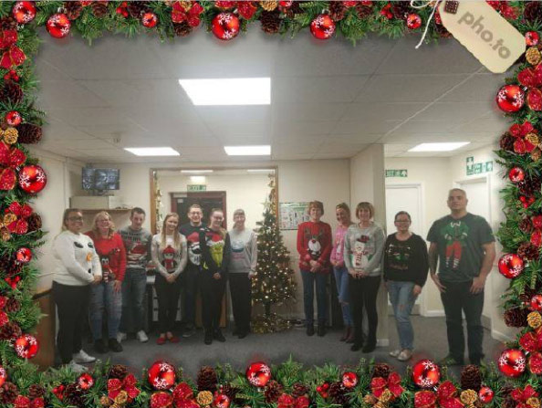 e2e-news-christmas_jumpers.jpg