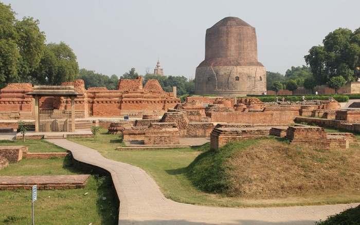 Dhamek-Stupa-ili-33-img-1.jpg
