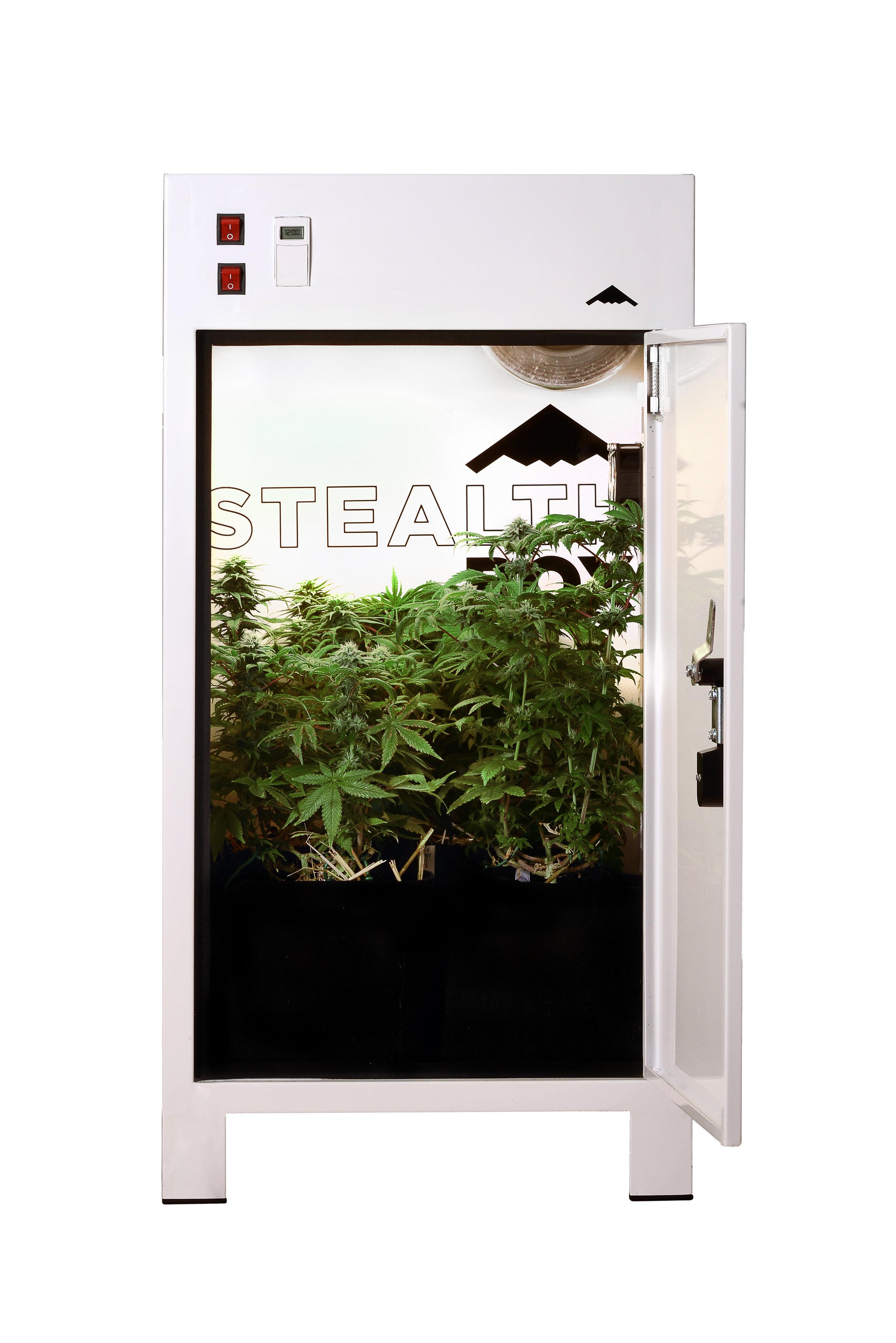Stealth box - The Canadian Grow Box 🍁$1495 CAD~$1150 USD**estimate