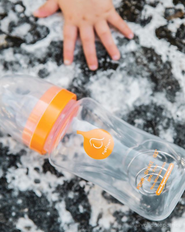 Shaking is always fun…a clean bottle functions as a rattle for your baby to Shake, Shake, Shake! Our formula mixing coil is tightly nestled inside the bottle, so it cannot be removed by a curious infant 👶🏼🍼 #figandcrow #pourshakego . . POUR . SHAKE . GO The Ultimate Formula Feeding Bottle for the Parent on the Go .  Look for Fig & Crow's POUR.SHAKE.GO bottle on Amazon today! . . . #babybottle #babyonthego #babyfeeding #babycute #babyalbum #babystyle #love #babyandkids #babylove #babyangel #babysitter #babybox #babyfashionista #babymama #likeforlikes #babywear #mom #babyboy #babygirl #babies #babyandmom #babyart #mommy #babyroom #babycantik #babybottles #baby #babyshower
