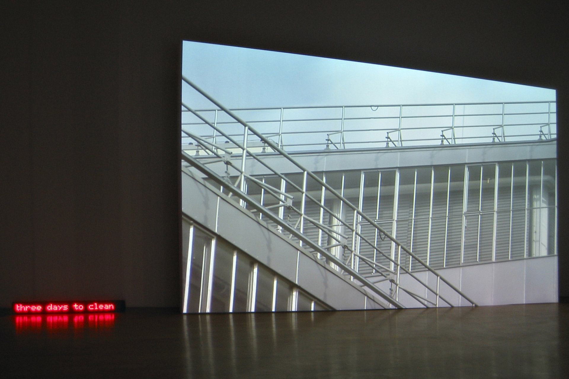 Aleksander-Komarov-Kunsthalle-Winterthur-1.jpg