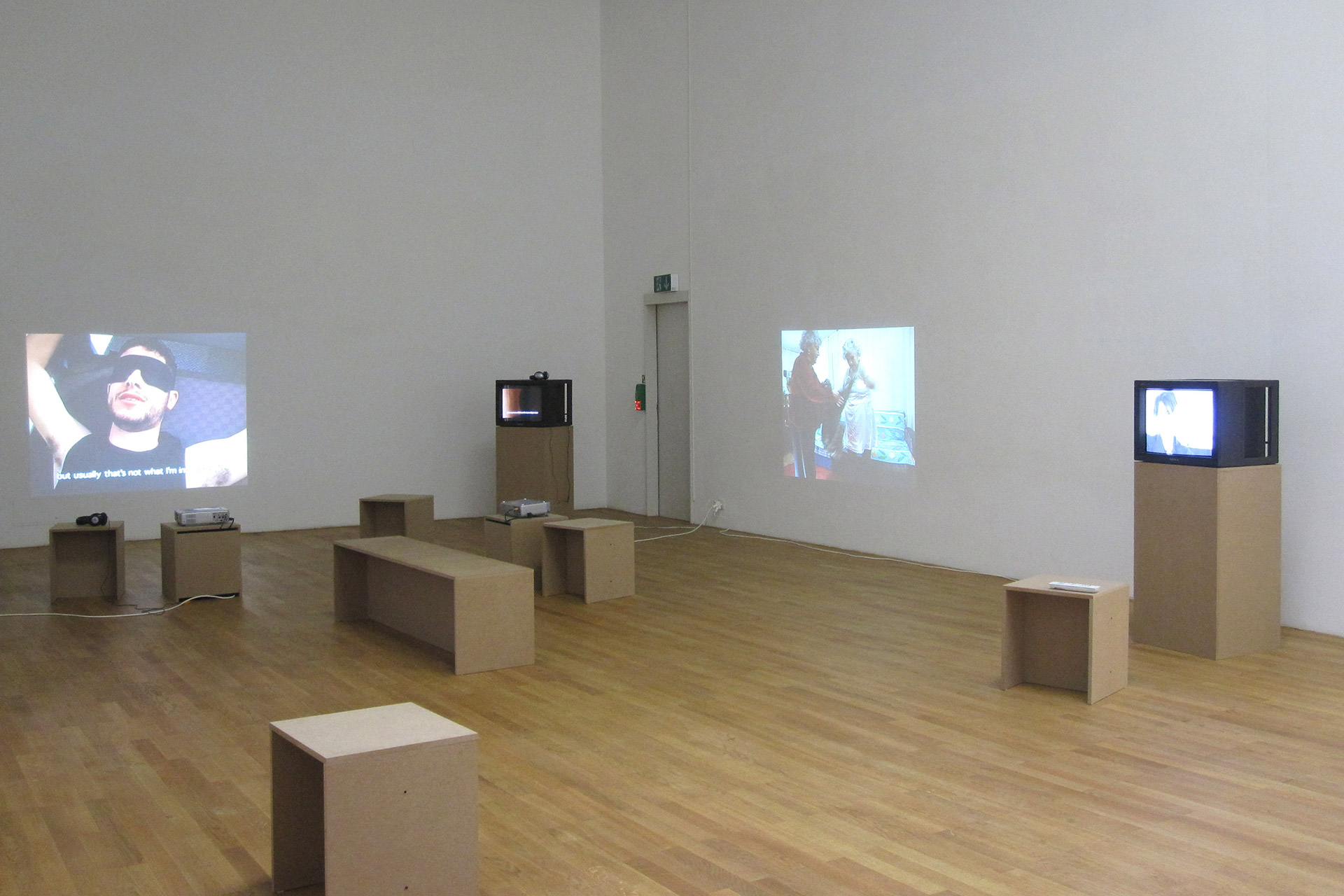 Irina-Botea-Kunsthalle-Winterthur-2011-3.jpg