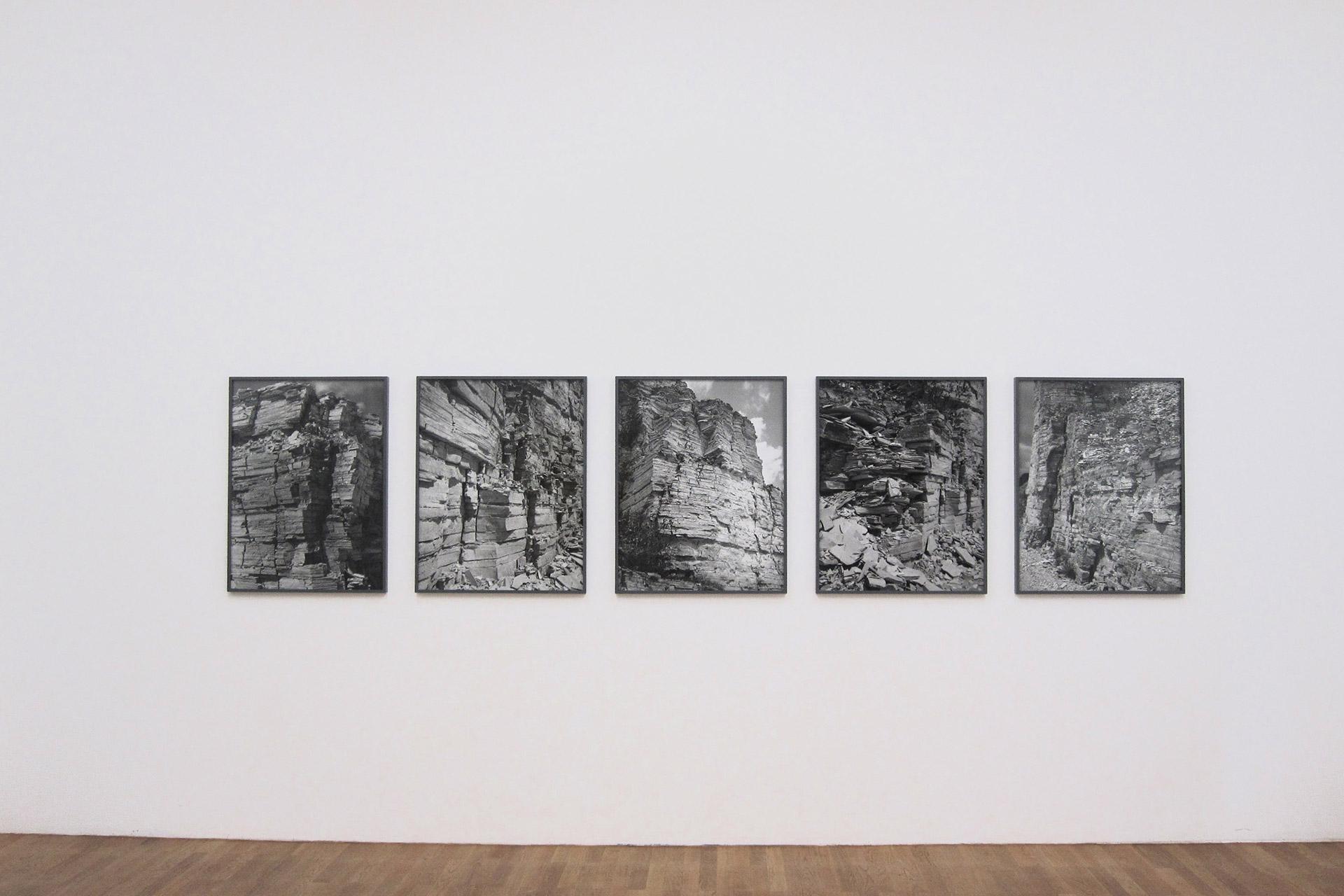 Susanne-Kriemann-Kunsthalle-Winterthur-2011-2.jpg