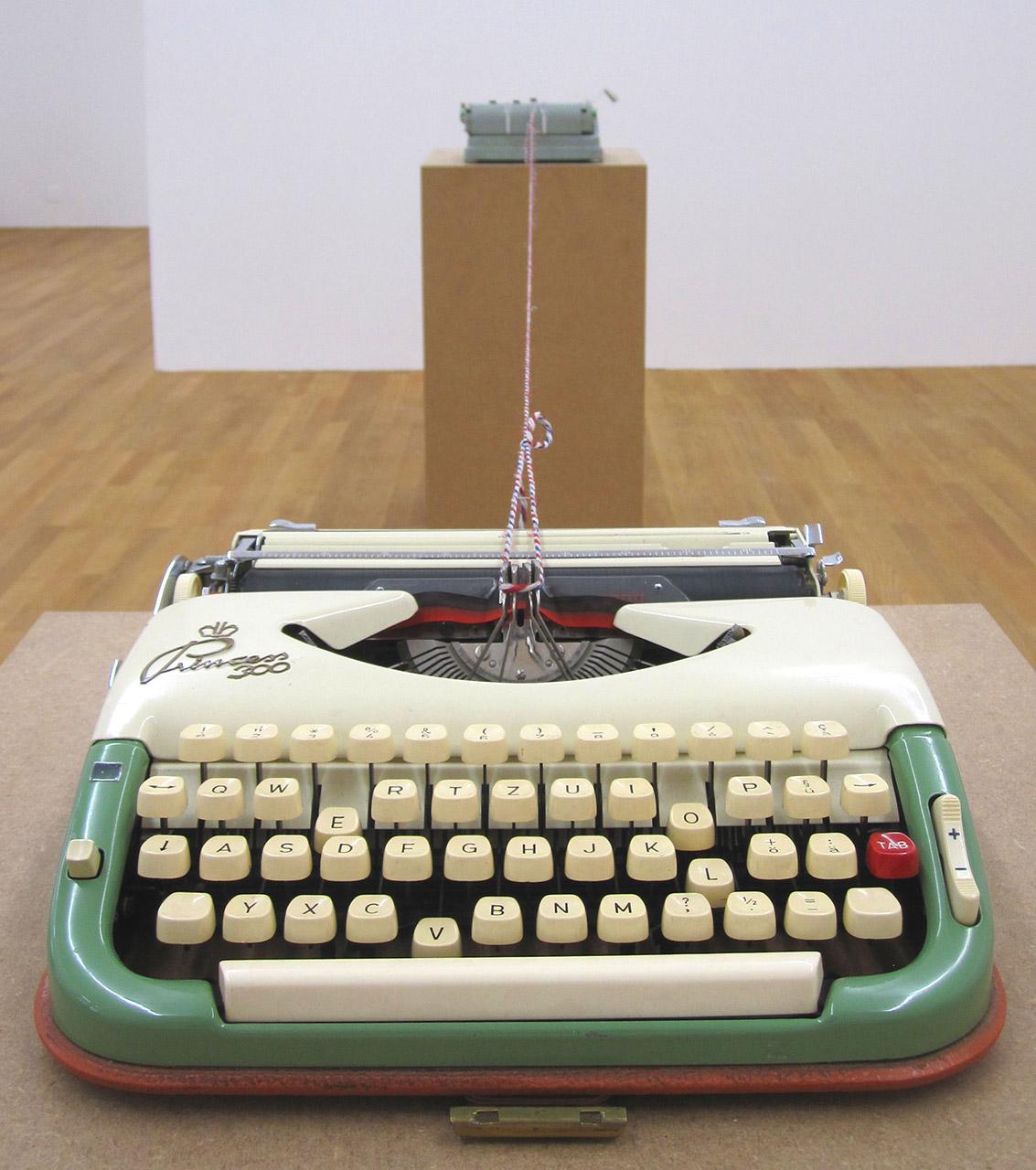 Martin-Soto-Climent-Kunsthalle-Winterthur-2012-3.jpg