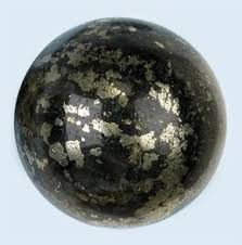 "Healer's Gold -  Combination of Pyrite and Magnetite.Helps healers not have the ""energy drain"" that can accompany healing sessions.Balances male and female aspects of the self.It activates weak or lazy chakras and enhances flow of energy through the meridians.Promotes positive outlook.Promotes following through with appropriate actions until projects are complete.Creates sense of overall wellbeing, confidence in oneself, acceptance of others, and balance in all aspects.Shields aura from negative energies or disharmony.Useful for grounding after high-vibration energy work."