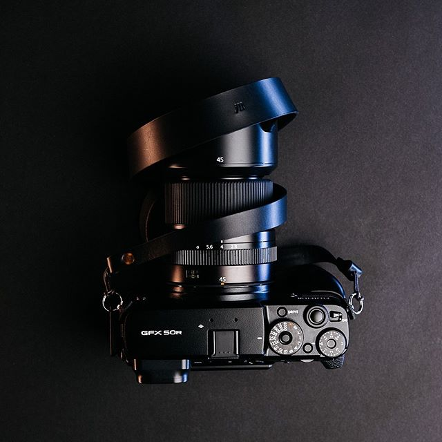Let's keep the gear coming. How about some camera strap giveaways? I think so! This strap is by @ateliermaas . Great quality with a classy simplistic look. Details coming soon! . . . . #fujifilm #cameraporn #cameragear #myfujifilm