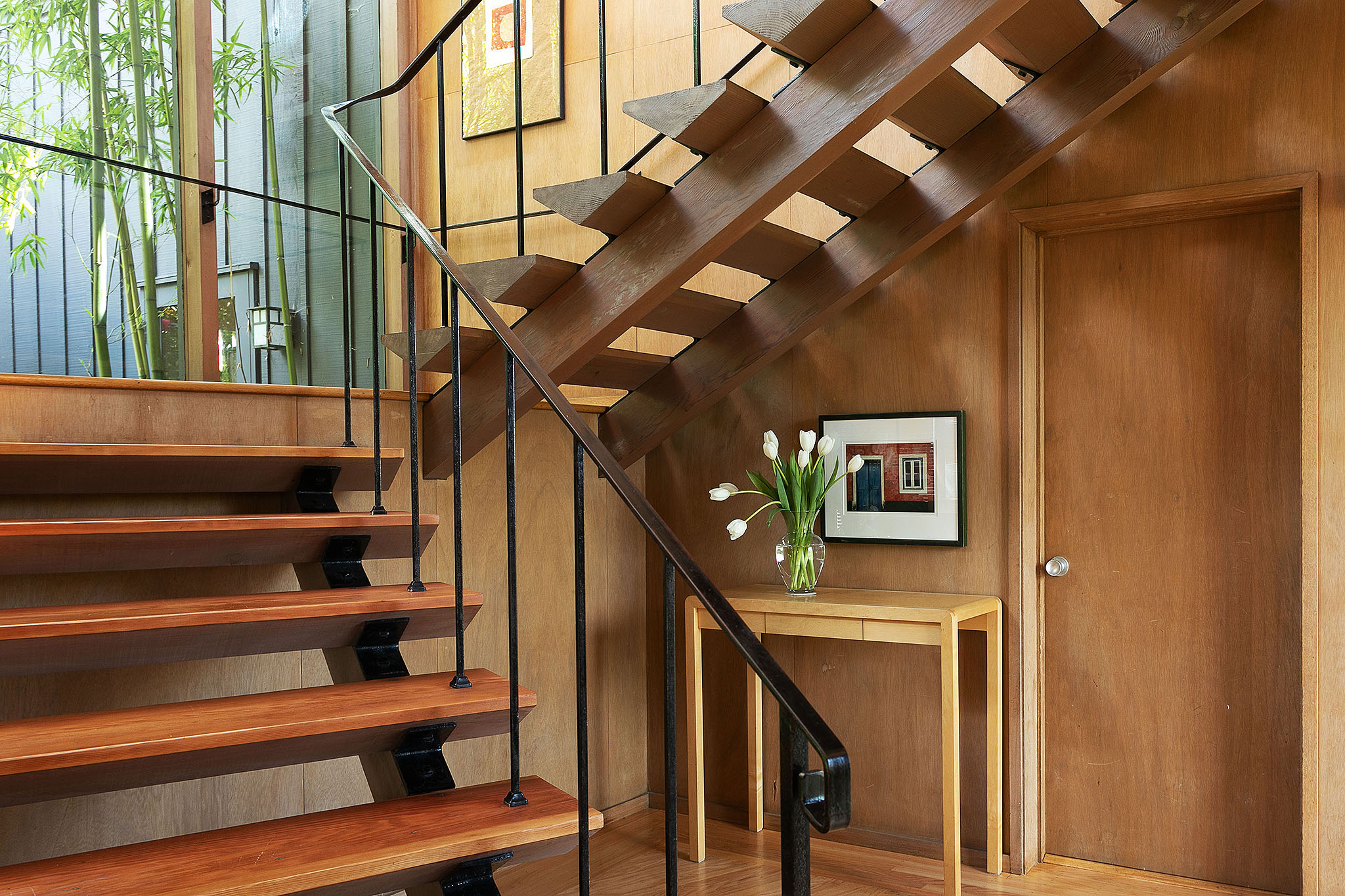 07 Staircase detail.jpg