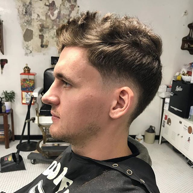@kanemontanalive With the low drop and full drip . . . . . . . #crownbarbershop #pennave #dropfade #taper #pittsburghbarber