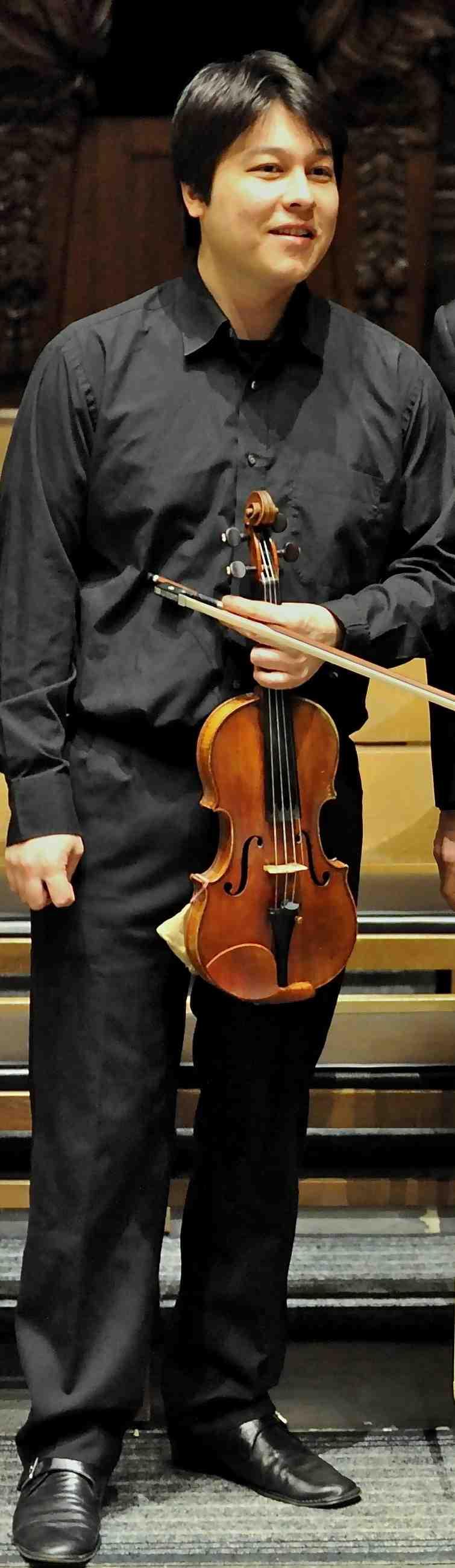 Mark Derudder: Violon