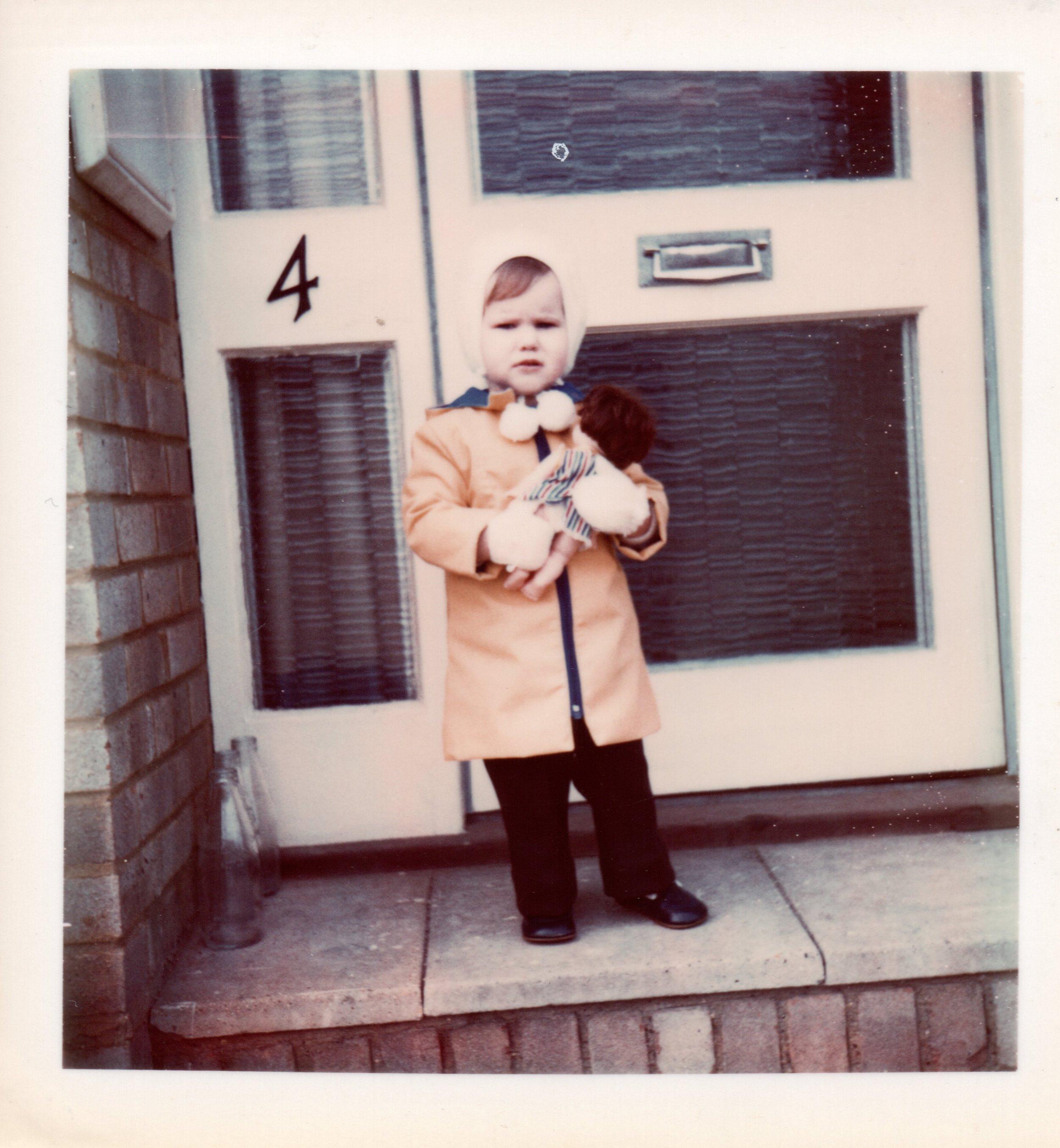 1975-Emma-Essex.jpg