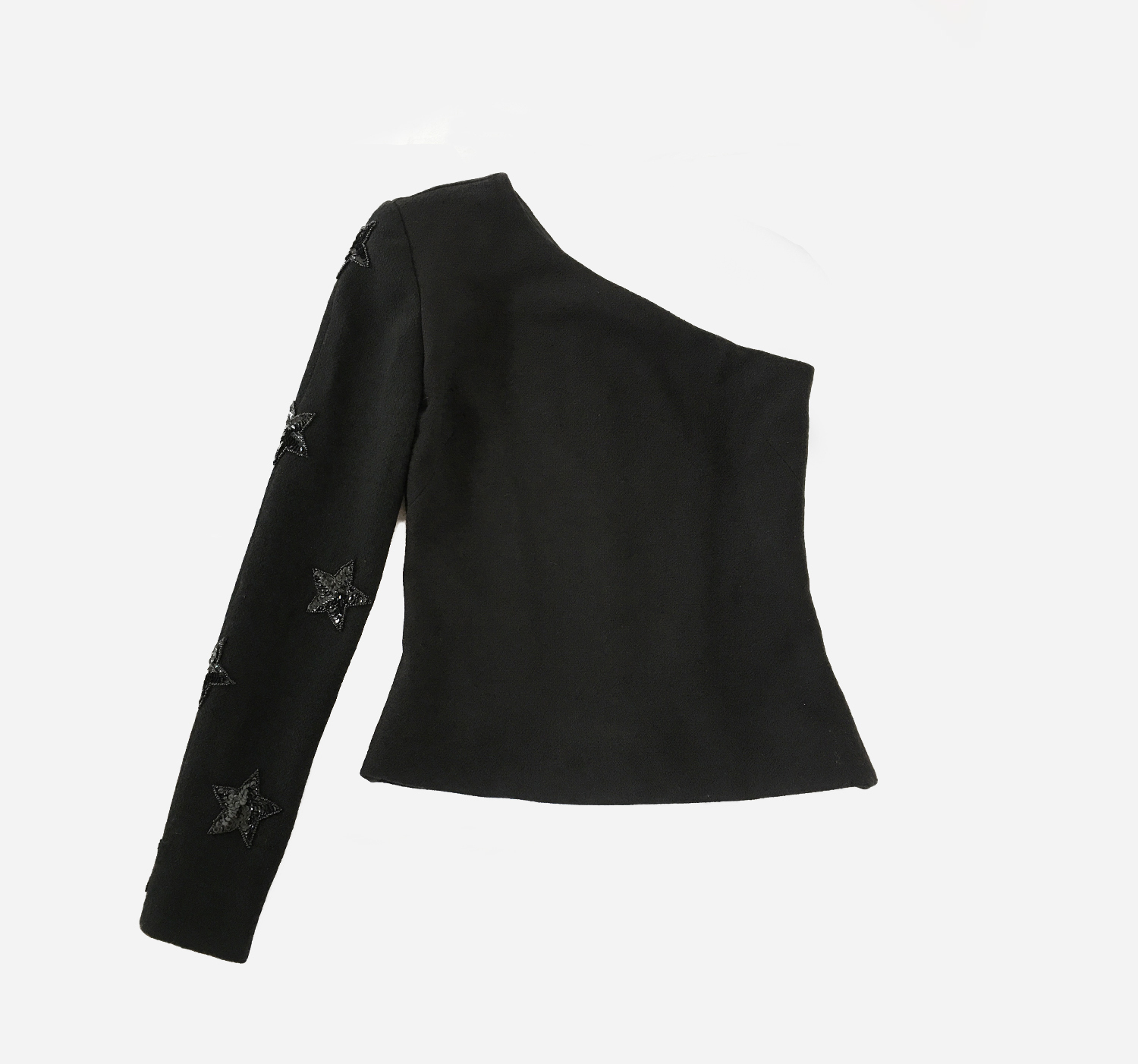 Open Shoulder Top - VERA DE NERO's Open Shoulder top is a staple item for your wardrobe this season.