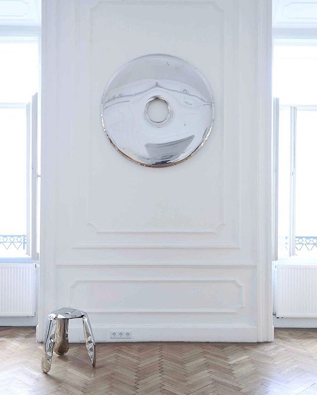 Oskar Zieta RONDO mirror 🌑____________ . . #interioreleven