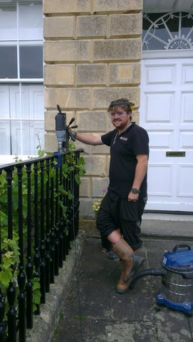 Finial fitting in Lansdown Crescent i