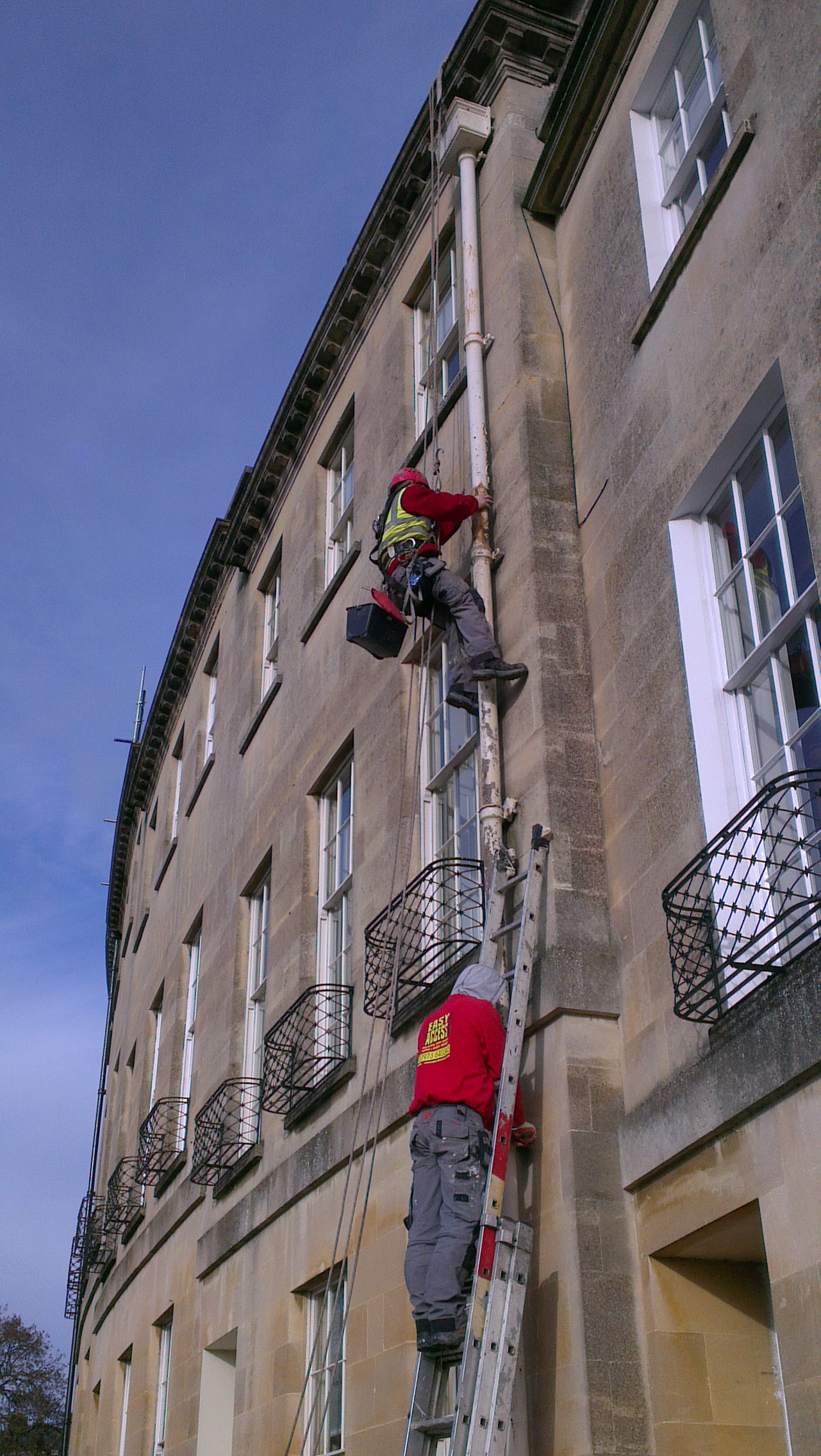 Mountaineering in Lansdown Place East i