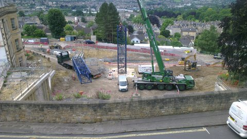 Arrival of the Hope House crane 09.06.17