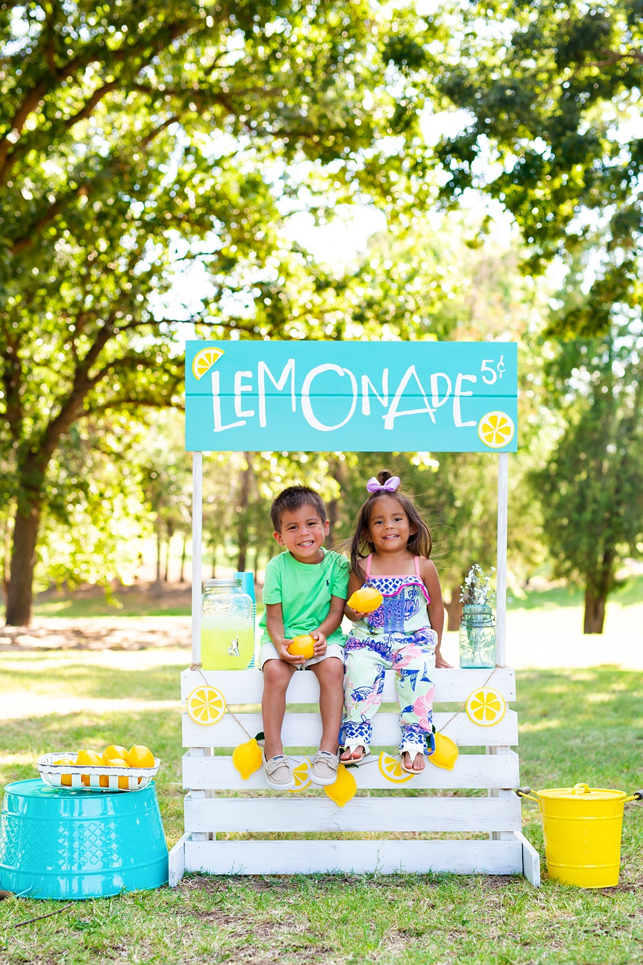 Gray Kids Lemonade Stand Minis-1_web.jpg