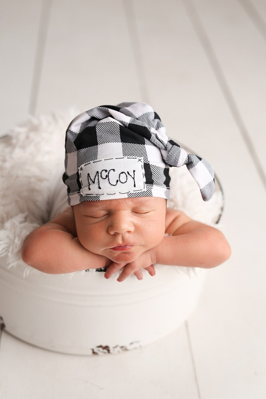 McCoy Schnaithman Newborn-16_web.jpg