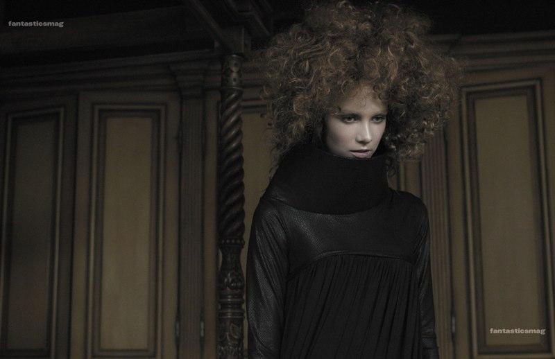 Fashion EDITORIAL -