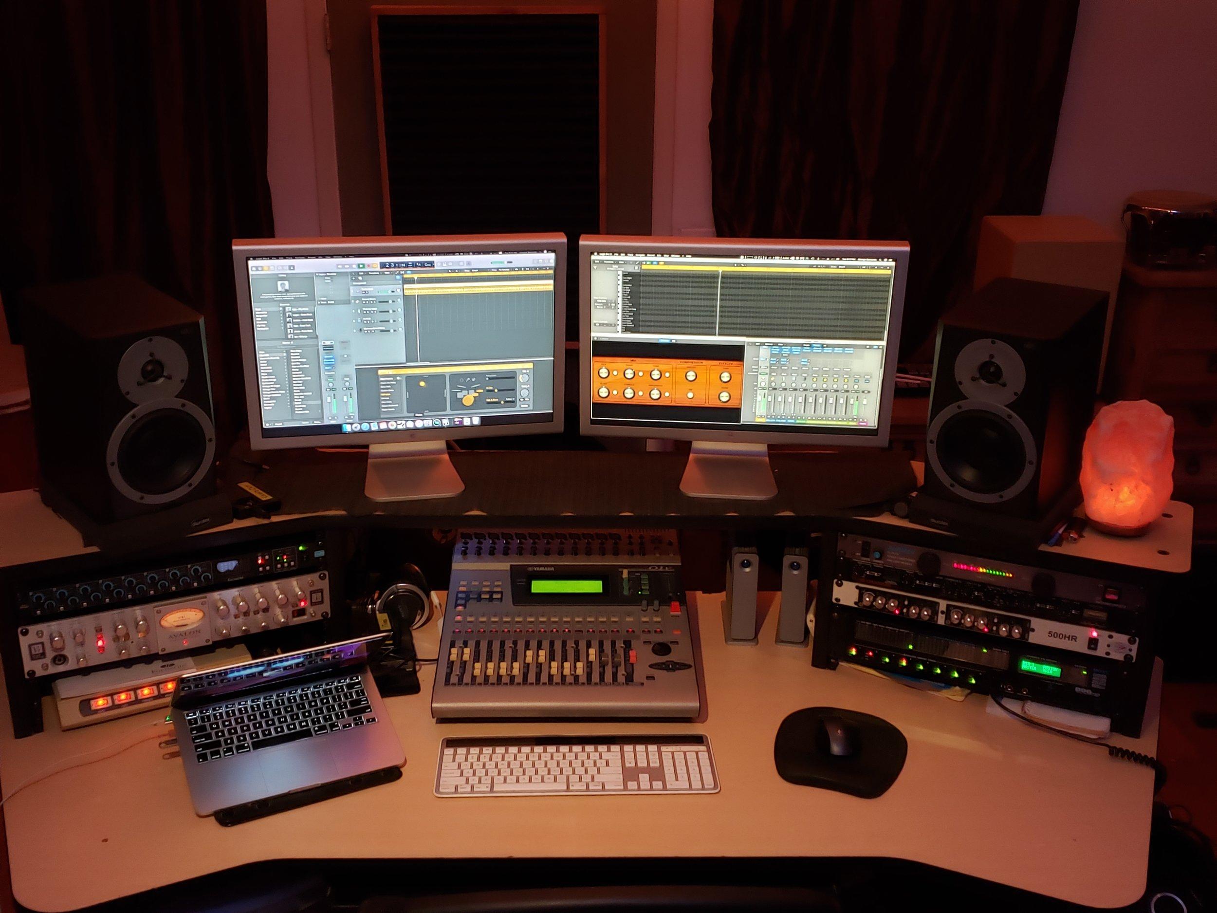 Work Desk 2.jpg