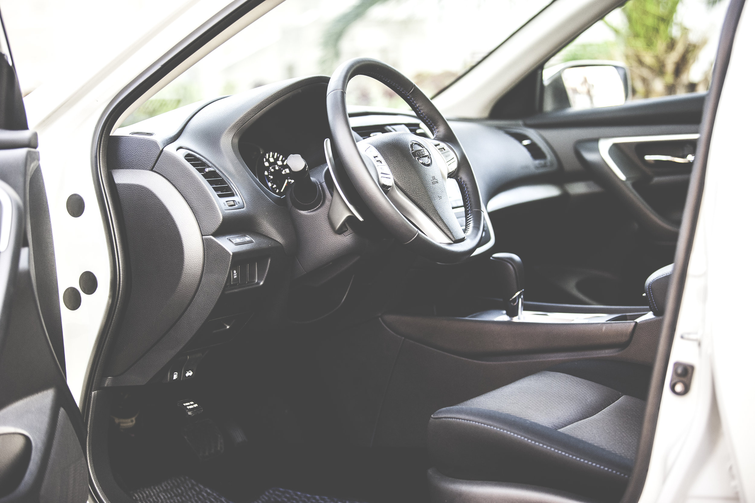RIDE WITH US TODAY - Why opt for cramped and old city cabs when you can go for a more lavish ride? Here at ULTIMATE 1 TRANSPORTATION, we bring transportation to another level. We boast a fleet of well-maintained sedans and SUVs and a team of experienced drivers to make sure you are given a comfortable ride every time you employ our services. To learn more, do not hesitate to contact our staff.