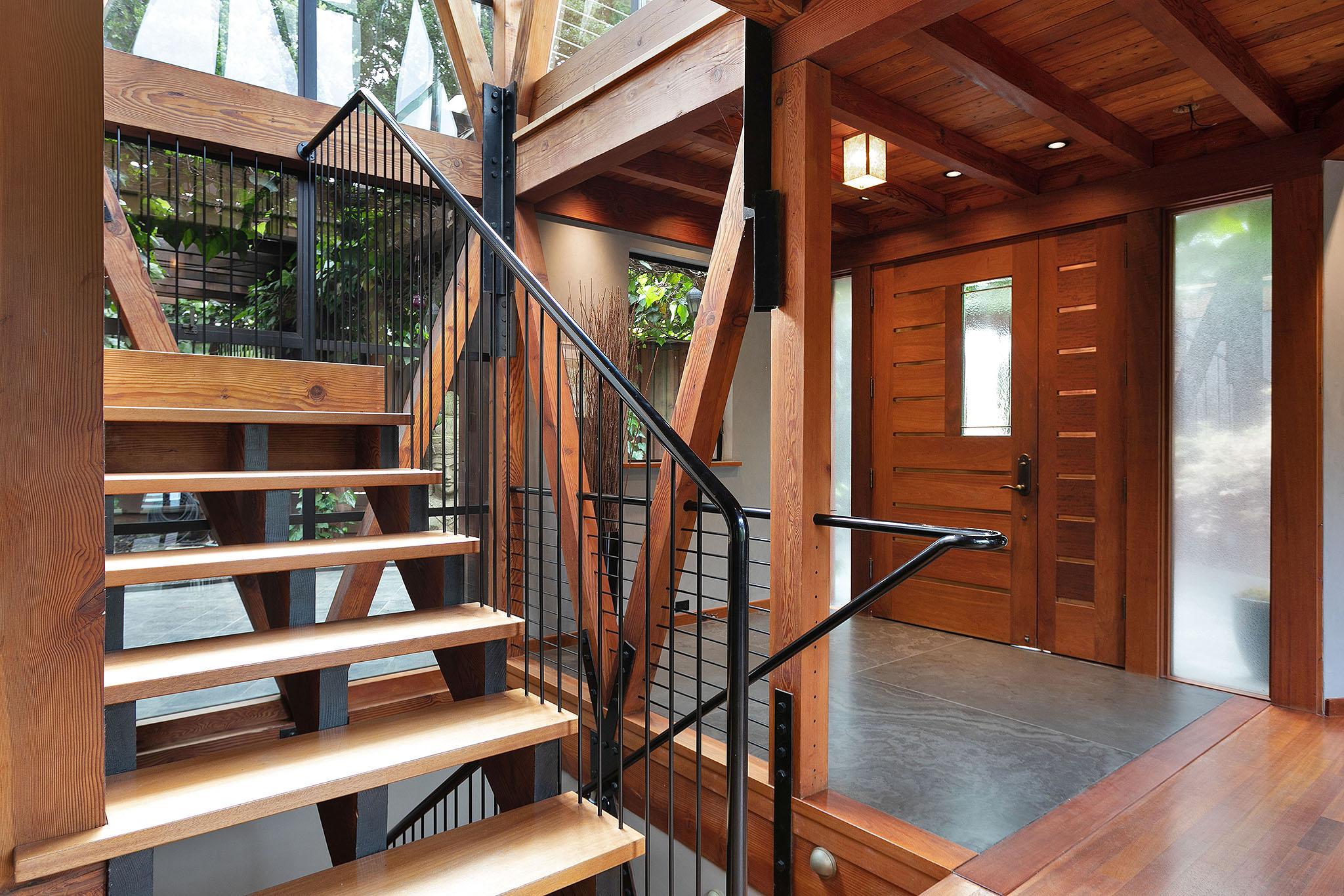 04 Staircase1.jpg