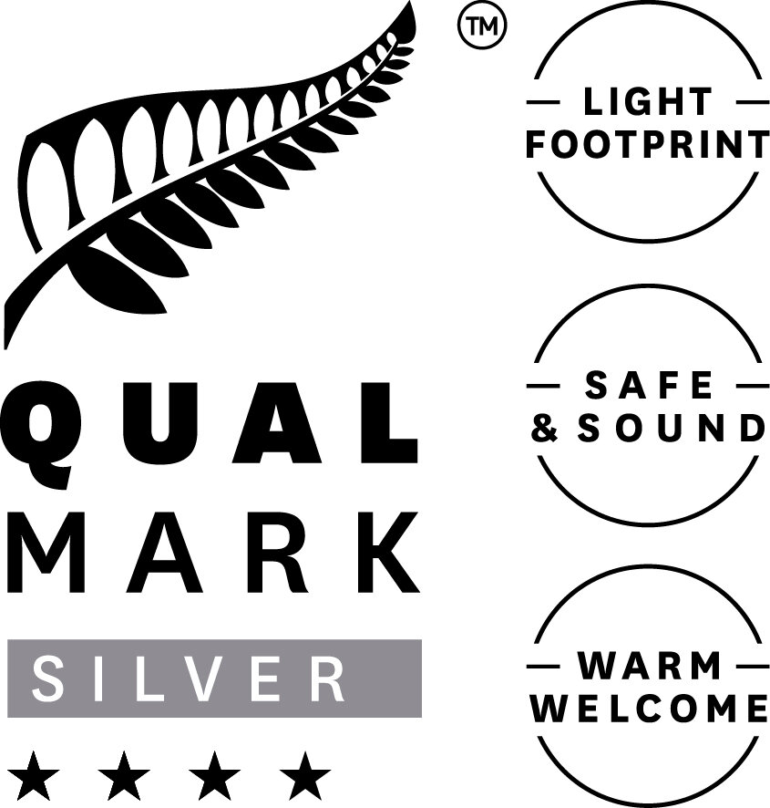 The Post Hotel Qualmark 4 Star Silver Sustainable Tourism Business Award Logo.jpg