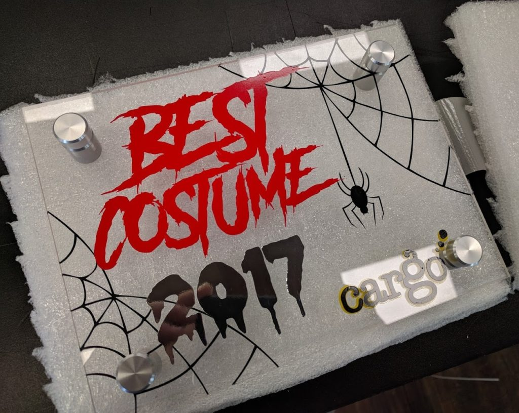 best-costume-acrylic.jpg