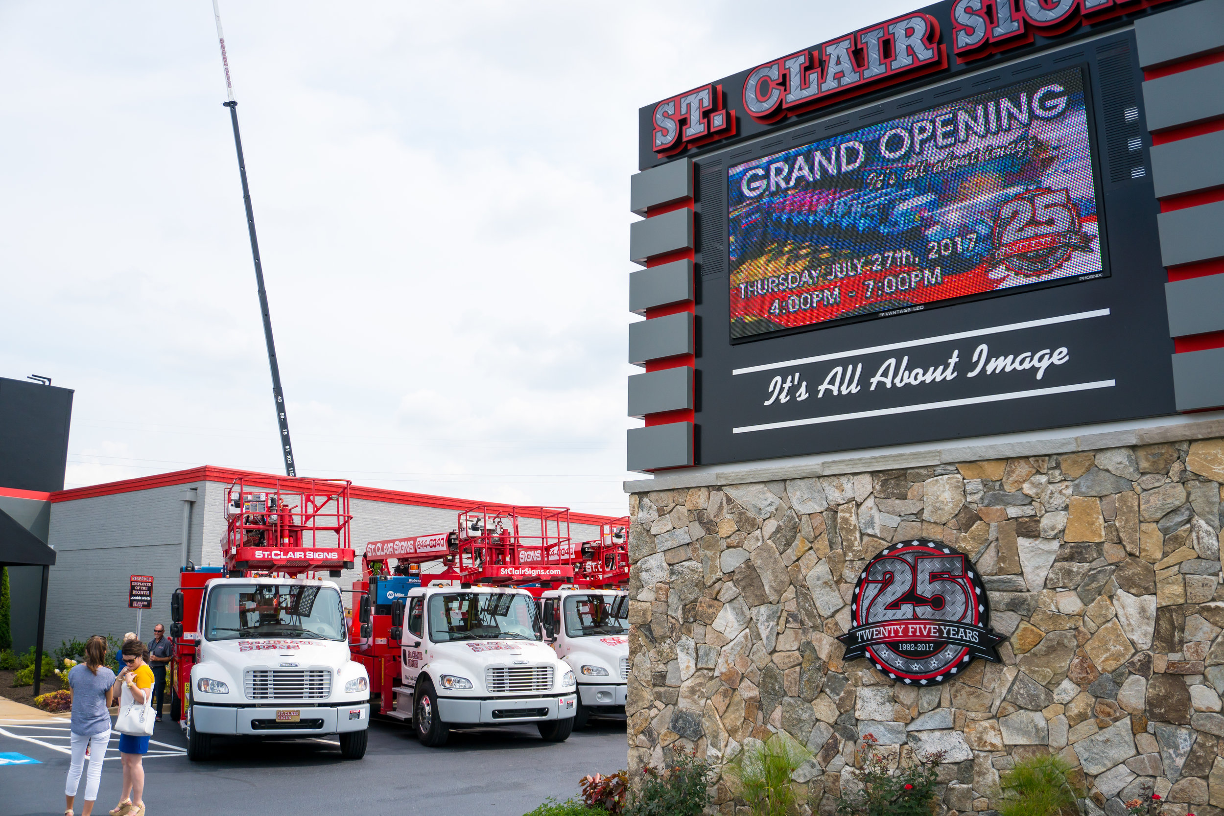St.Clair Signs Grand Opening - Pro Bros Productions -20.jpg