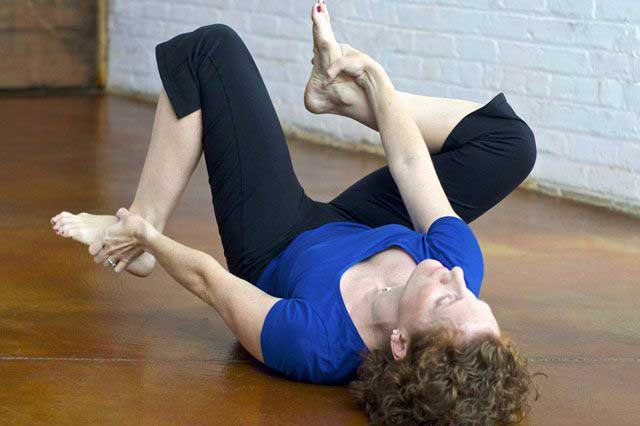 Change habits - through gentle hands on Feldenkrais® Method bodywork.