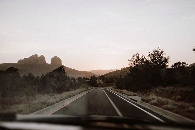 Oh Sedona, you were beautiful. Warm air and golden sunset drives, it doesn't get better. 🖤