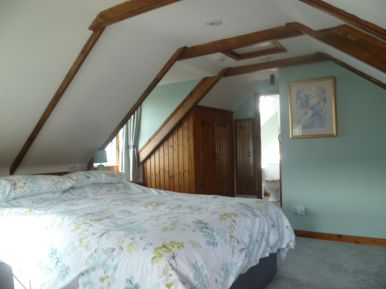 Second Floor - Master bedroom (king size bed)with en-suite shower and loo