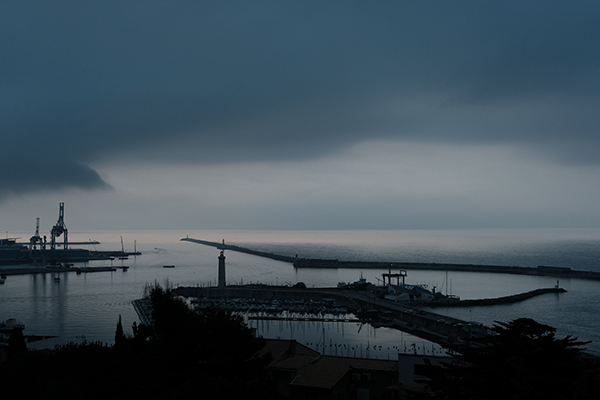 Overcast sunrise / Sete / July 2017