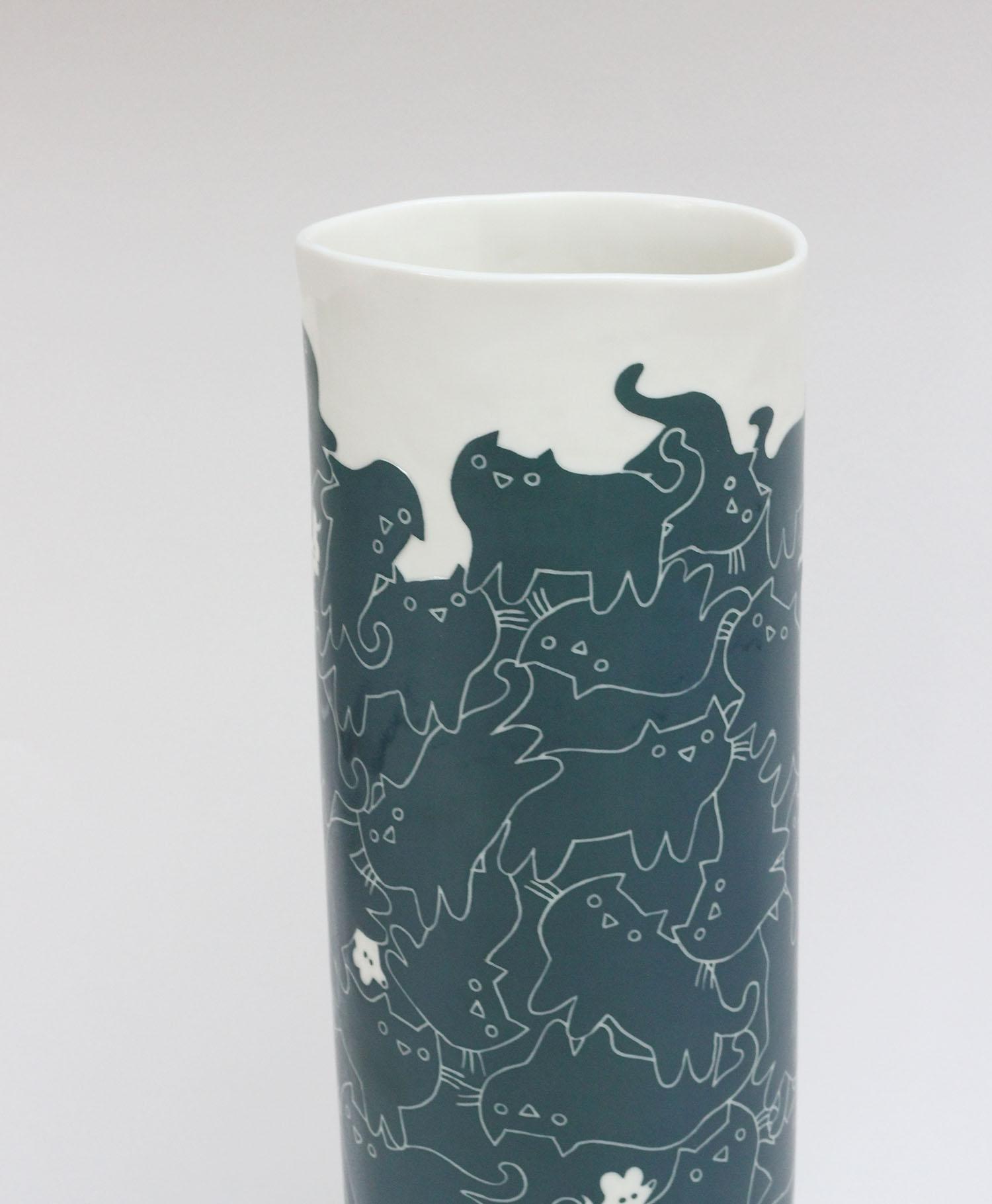 Vase entrechats Detail 2 Charlotte Heurtier 2017.jpg