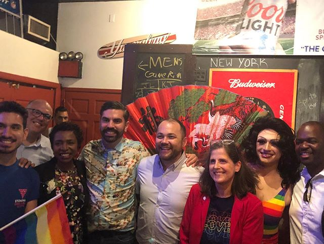 I had a wonderful time celebrating Pride with the wonderful people of Brooklyn yesterday, as well as all of my friends at @lidbrooklyn and Stonewall Dems and my colleagues in the @nyccouncil 🏳️🌈 As we march 50 years after Stonewall, it's important that we remember those who fought hard for LGBTQ rights and keep fighting to expand and protect those rights.