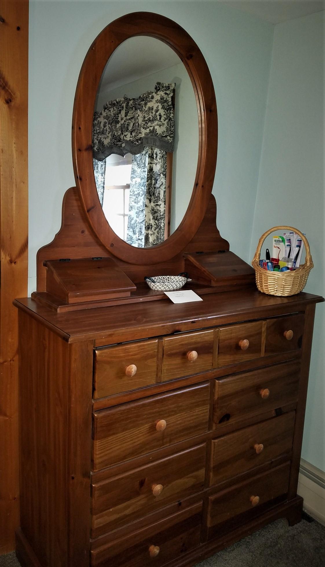 Room2.dresser.jpg