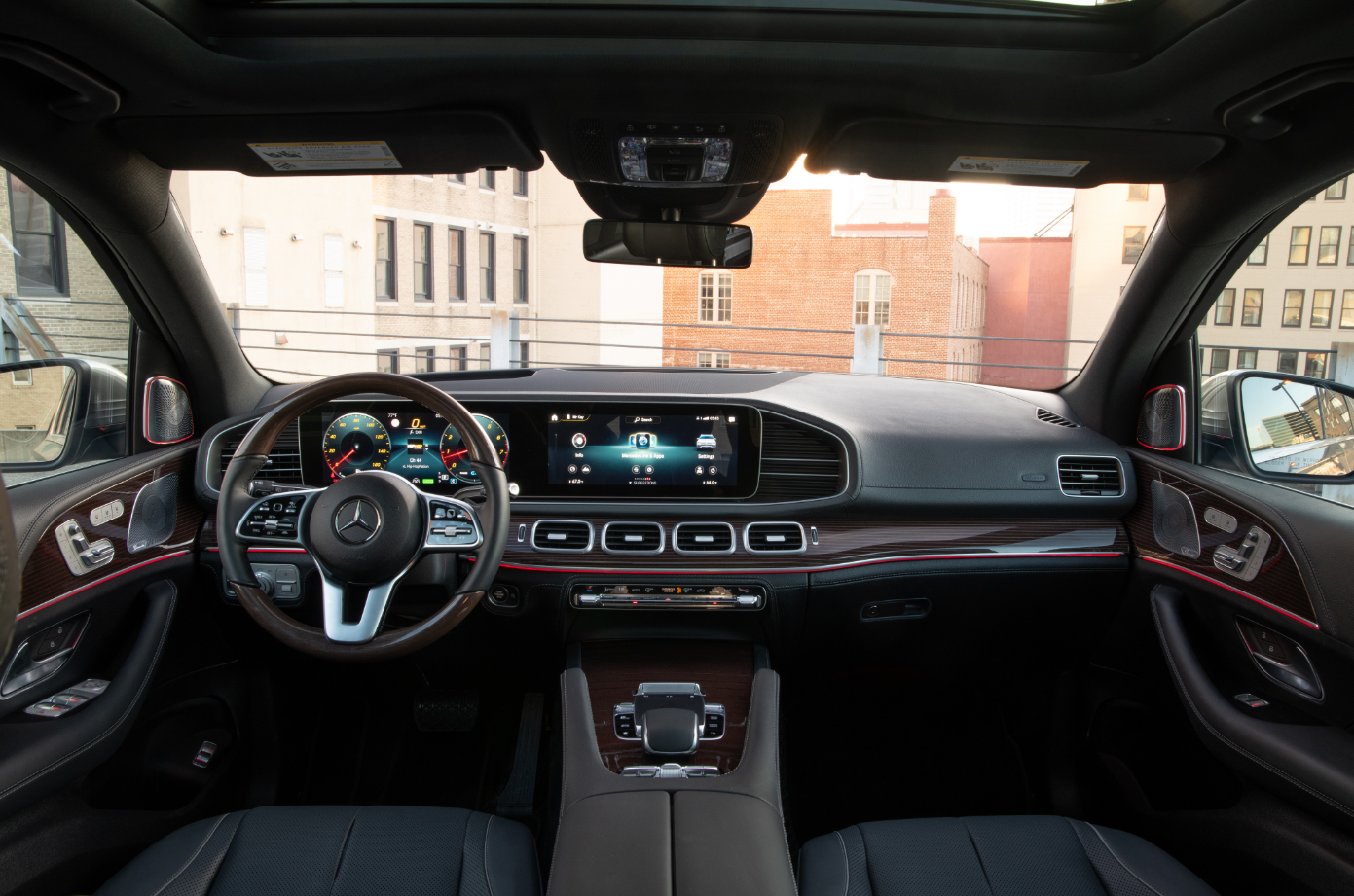 GLE BEAUTY interior.PNG