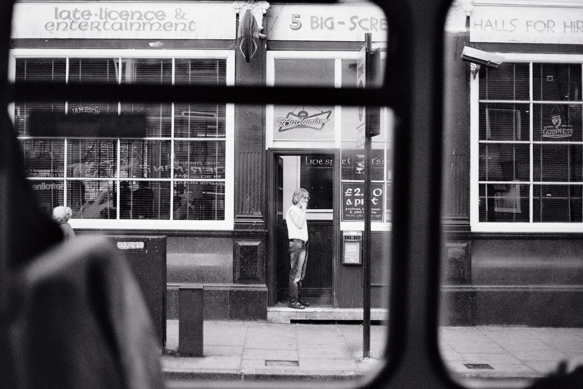 2014  - Londres, UK -  Camera  Canon EOS 1-N  Lens  Canon EF 16-35mm f/2.8 L  Film  Ilford XP2