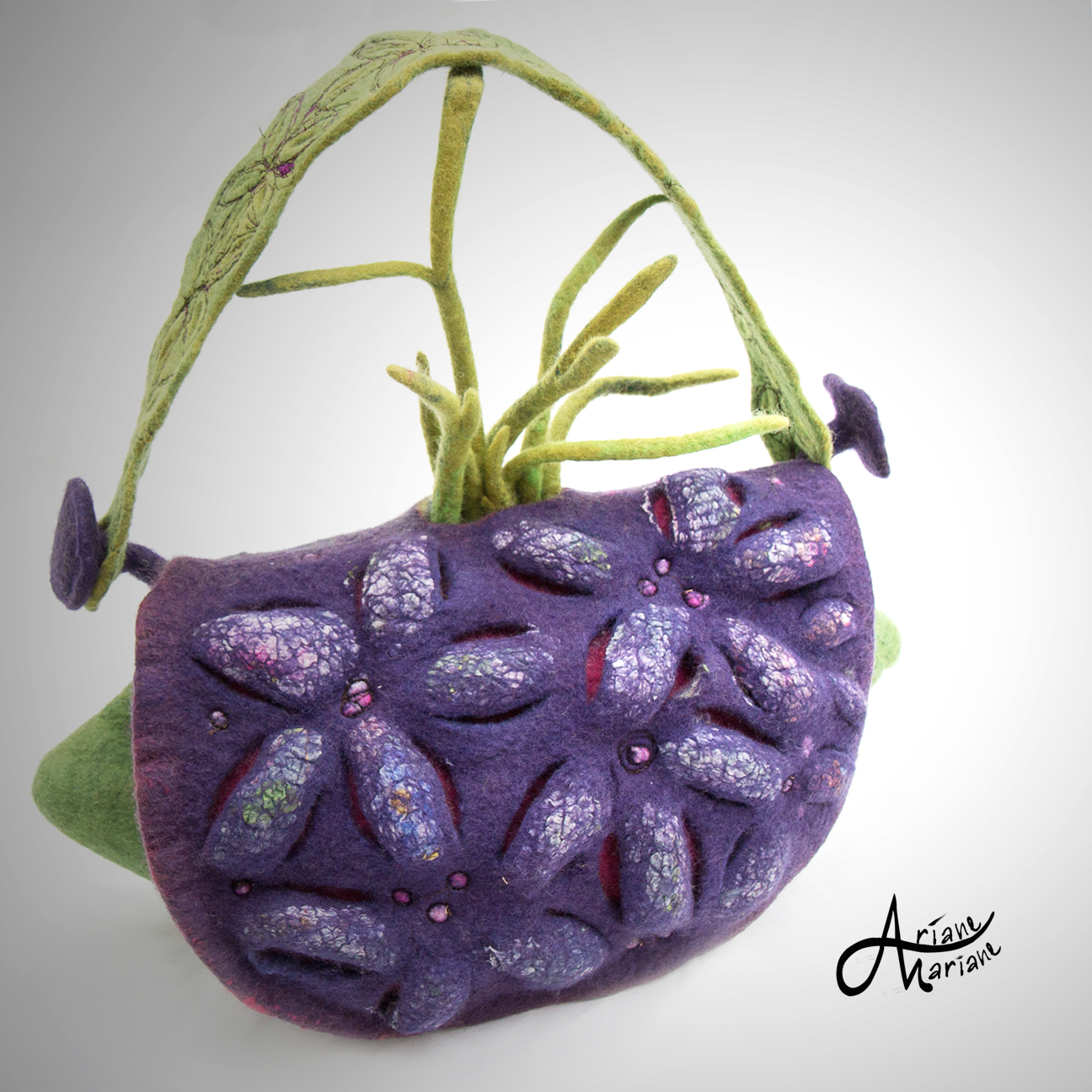 sculptural-felt-art-bag-ariane-mariane.jpg