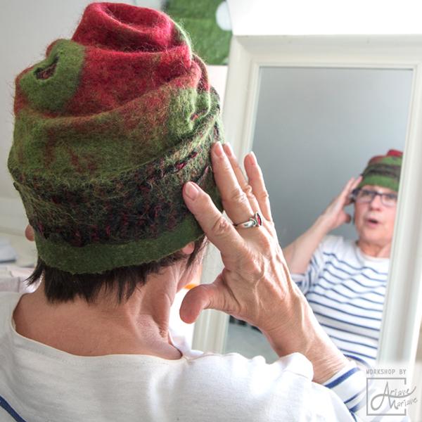 Modelage-chapeau-feutre-laine.jpg